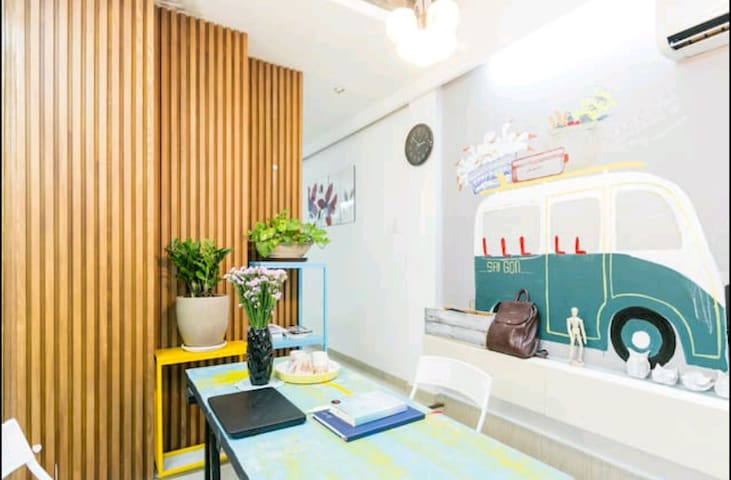 A  cozy entire house in Dist 1 HCM, good for group - นครโฮจิมินห์ - บ้าน