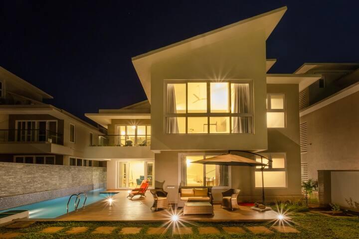 Luxurious 4BHK Private pool villa at Vagator!!
