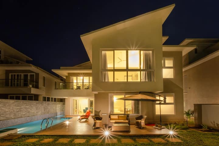 Luxurious 4BHK Private pool villa at Vagator!!