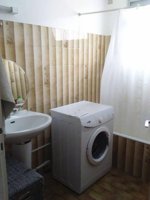 baignoire,machine à laver