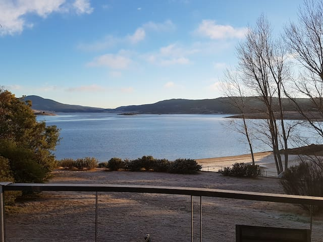 The Jindabyne Lakehouse