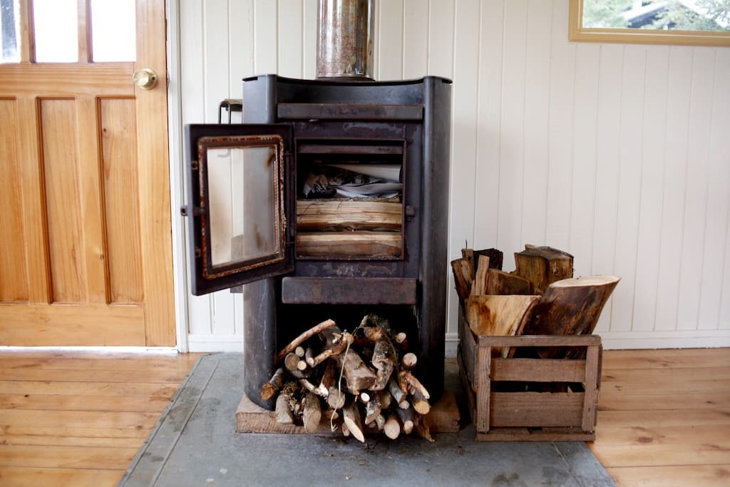 Wood burning stove for heat