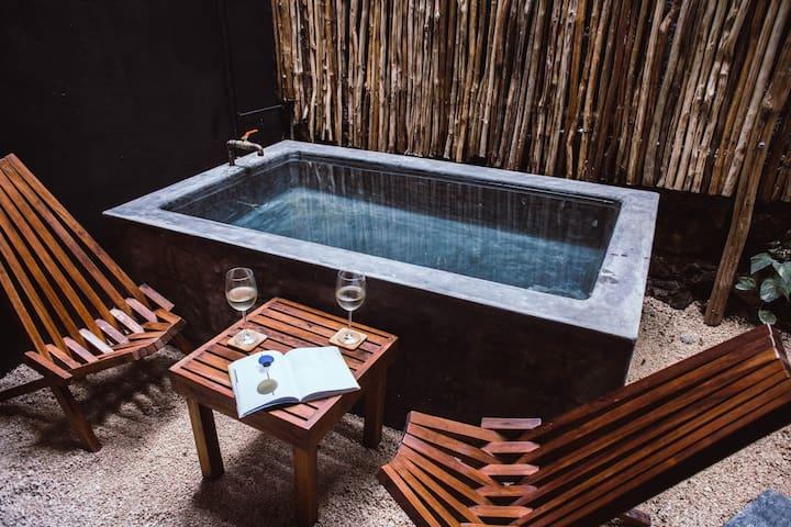Aroma Tulum Pool Suite