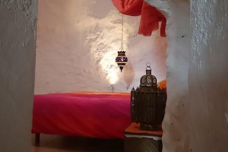 Casa con cueva - Níjar