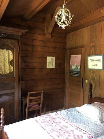 La chambre 3 à 2 lits simples