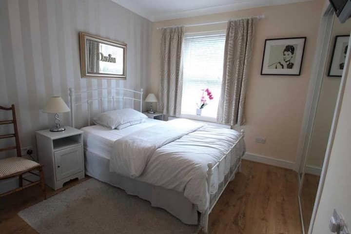 Wealdstone private room - 20 minutes to London