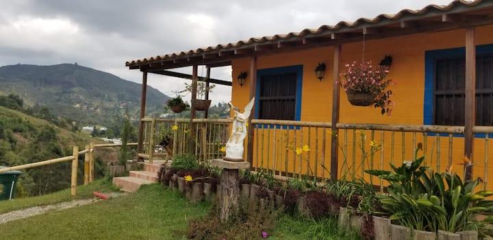 Villa San Miguel - Las Orquídeas EcoHostel