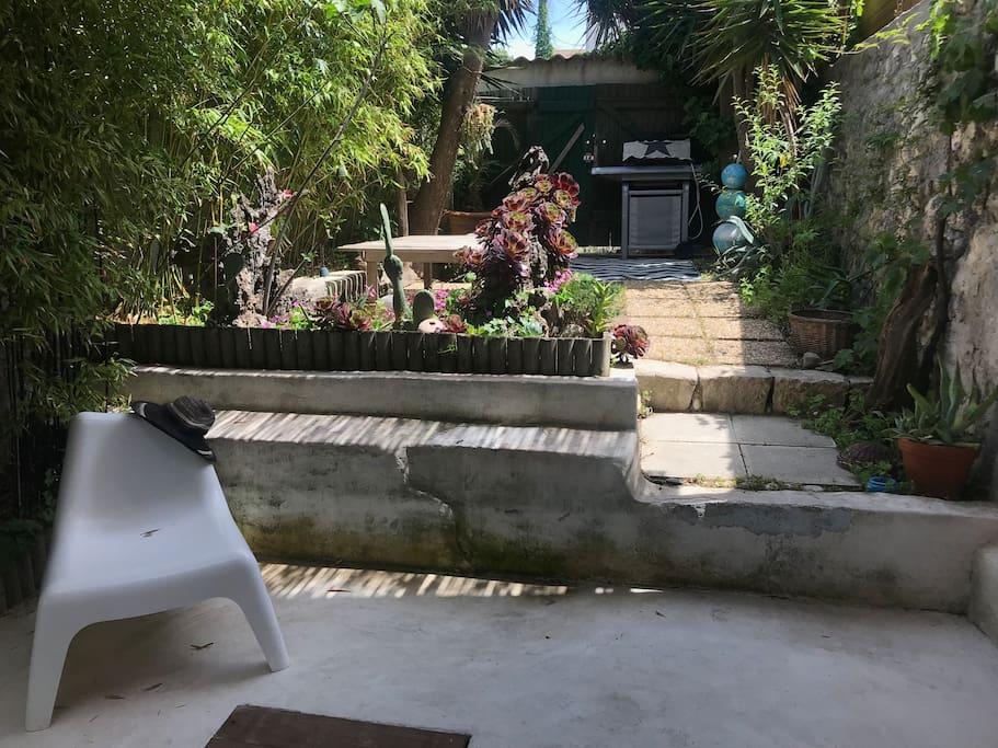 Jardin terrasse privatif, au calme