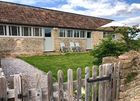Court Farm Cottage 'Elsewhere'