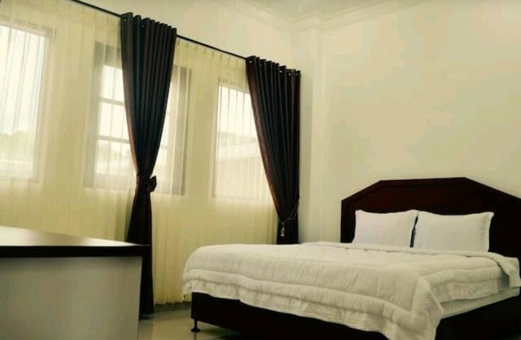 OprisS Hotel at Ajibata, Parapat 2 - Ajibata, Parapat - Villa
