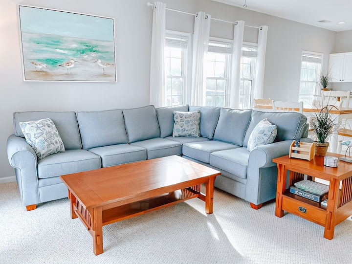 Minutes from Beach-Sea Trail Golf-Renovated Condo