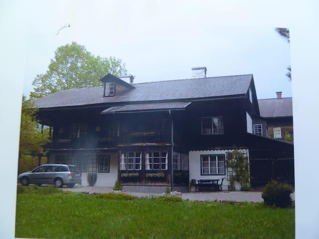 Wunderschönes altes Herrenhaus - Altaussee - House
