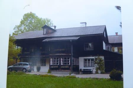 Wunderschönes altes Herrenhaus - Altaussee - Hus