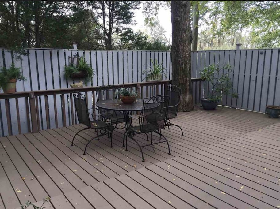 Deck has newer patio furniture that seats 8+ ; grill on the dect