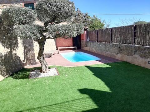 "Casa""Can Pau"" piscina+jacuzzi incl.(solo para ti)"