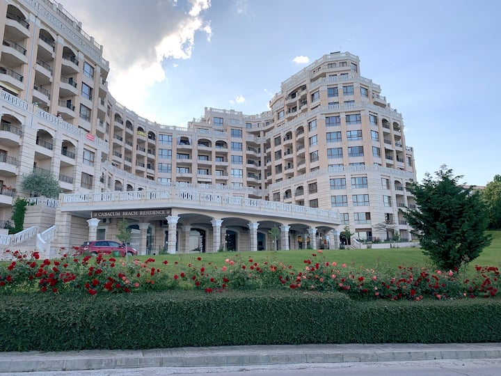 Elegantz Apartments