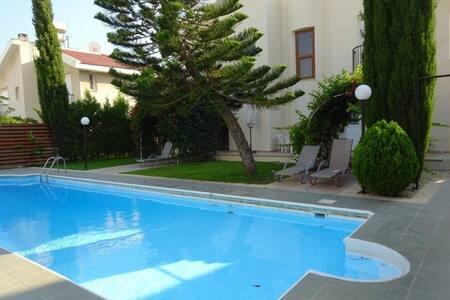 Дом возле моря - Agios Athanasios - Villa