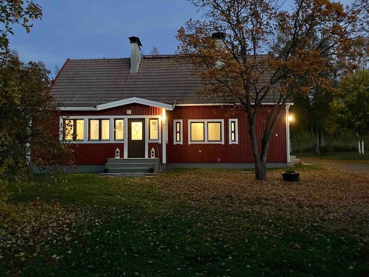 Villa Taikinajoki, free Wi-Fi , for 10 Person