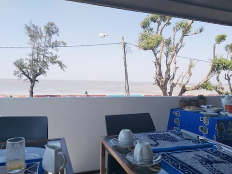 Gombe Ocean View - Room 2# (Breakfast included)