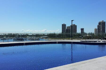 amazing brand new apartment, resort style living - Lejlighed