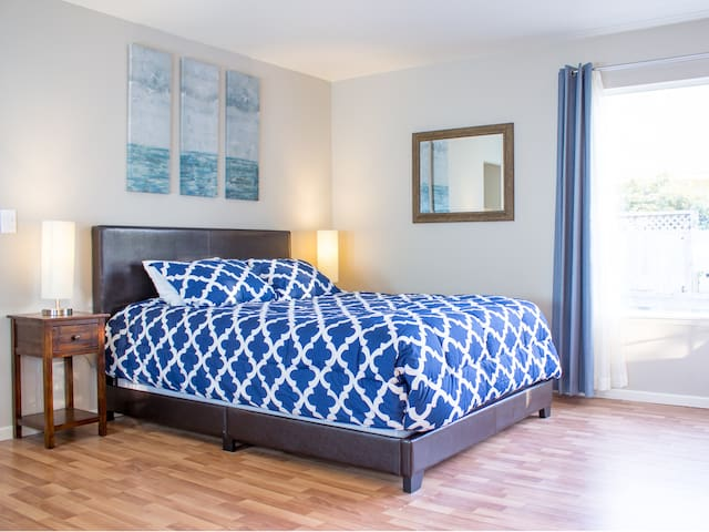 ★Private Modern Suite★Near Redwoods, Ocean★