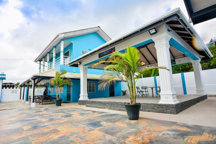Oceania Beach House