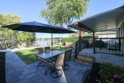 NEW! Fully renovated waterfront lake house