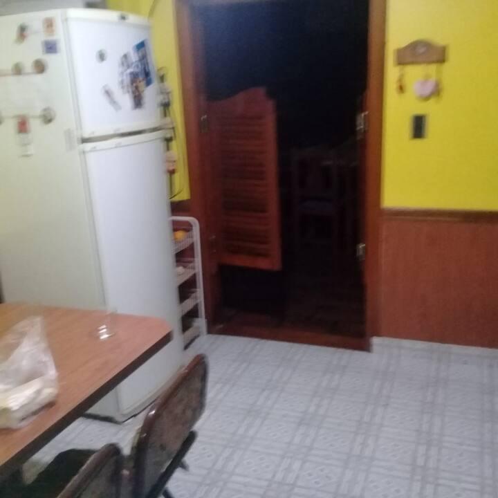 Casa con dormitorio para alquilar