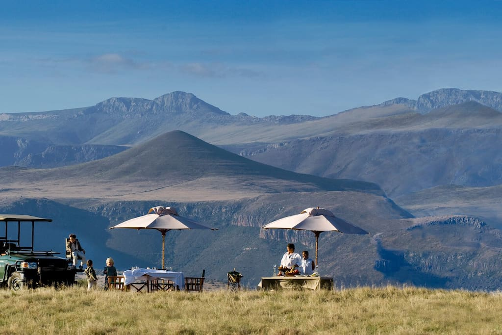 Iconic mountain picnic at Samara Private Game Reserve