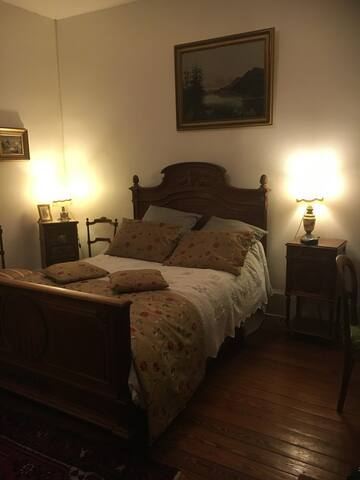 Chambre pour 2 personnes..39euros