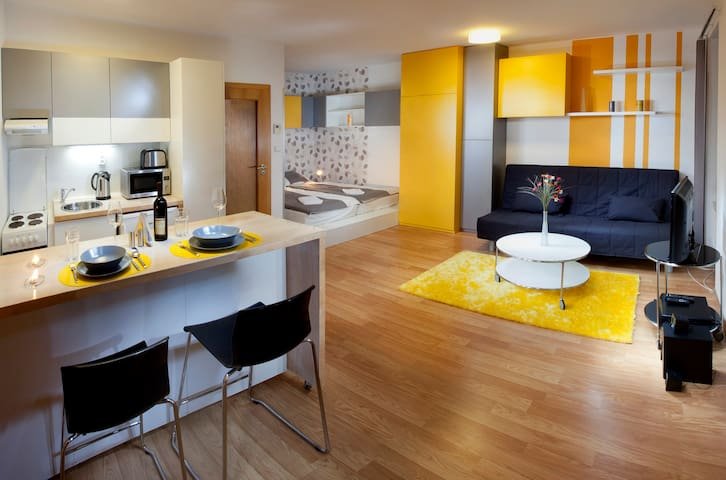 Yellow apartment Brno