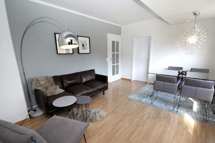 Charming and perfectly located 70m² Loft - Düsseldorf - Appartement