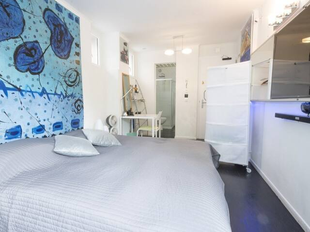 JAMAN-Twin room-Premium-Ensuite with Shower-Garden View