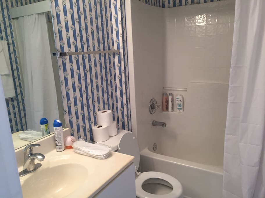 Bathrooms with toiletries and more.