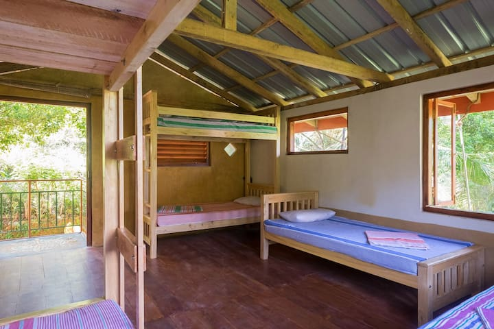 Natural Mystic Hostel@ Rainforest - Matara - Κοιτώνας