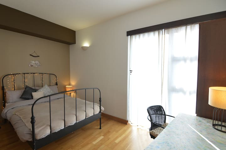 Spacious en suite double next to Olympic park