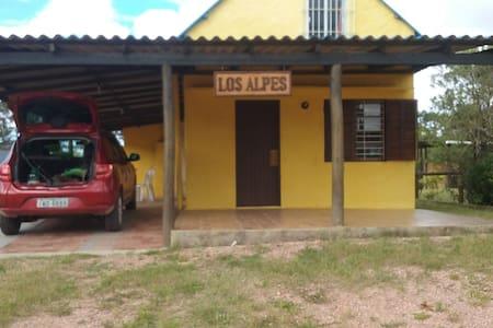 Cabaña en Punta del Diablo - Sarandí
