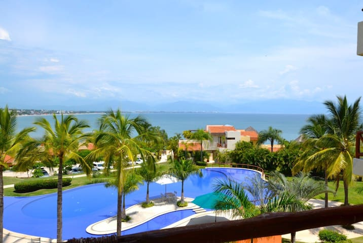 RIVIERA NAYARIT LUXURY AND COMFORT