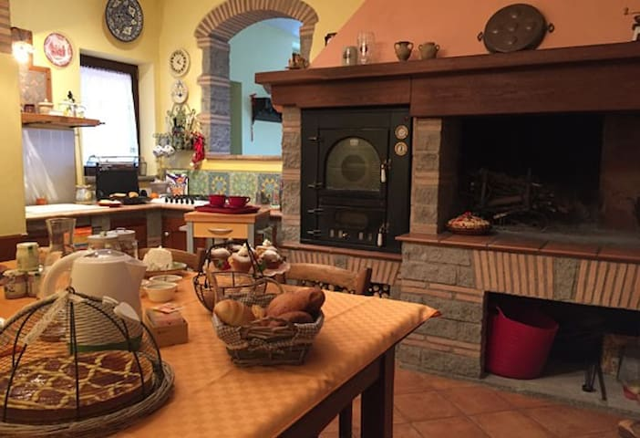 Bed and Breakfast Bike - Castel Cellesi