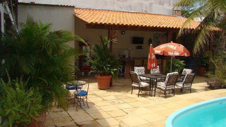 Casa perto da praia, piscina, churrasqueira