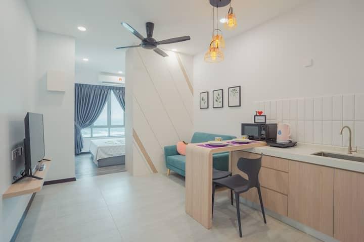 Bricx Suite | 1BR | Batu Kawan | IKEA | 1~2pax e