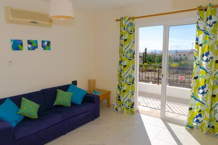 Enjoy sea views from roof terrace - Peyia - Lakás