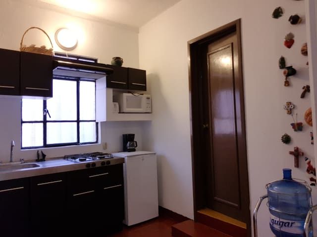 Fully Equiped 1 bedroom apt. with nice comun areas