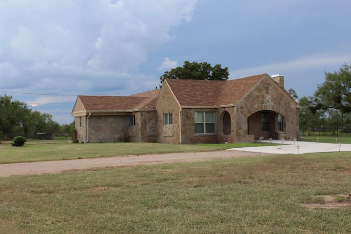 ROCK HOUSE RANCH - Abilene - Casa