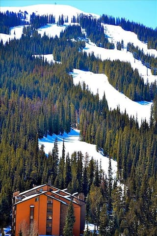 Copper Mountain Inn -- your home away from home
