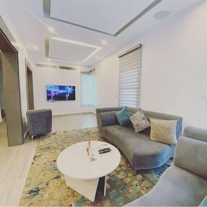 Cozy Banana Island 3 Bedroom - Pool & Wifi/Netflix