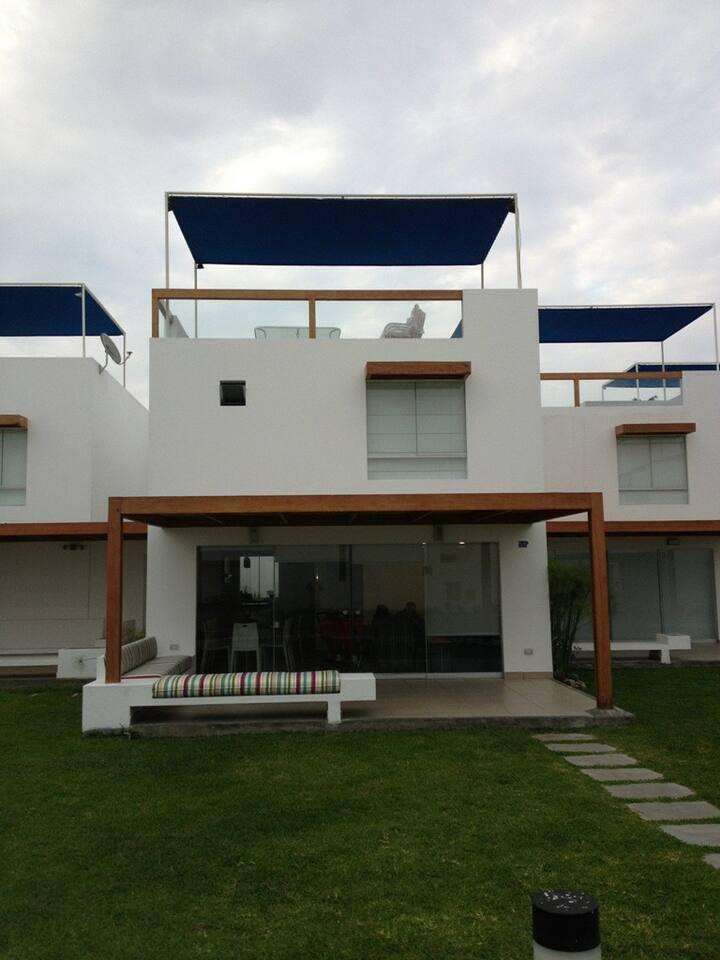 BEACH HOUSE ASIA AZUL  - LIMA PERU