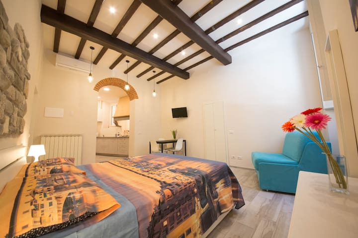 "Beautiful apartment near ""David"" Accademia Gallery - Florença - Apartamento"