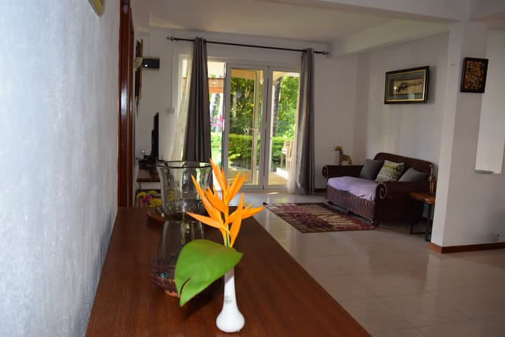 Cocotier Holidays House