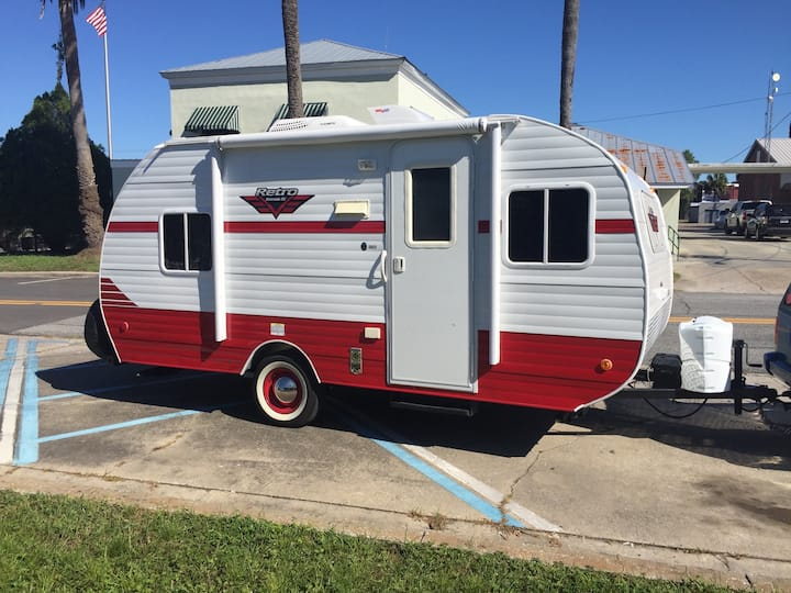 Tiny House at the Beach Retro Trailer Brand New